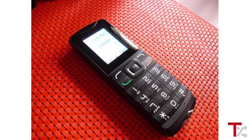 Telemovel Alcatel rede NOS