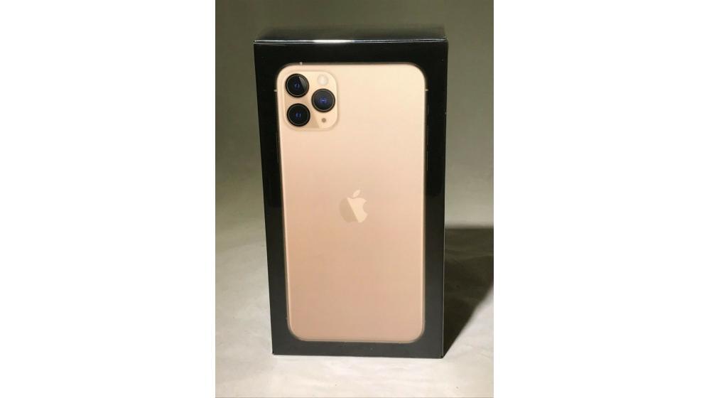 Venda iPhone 11 Pro Max 256GB...€680 iPhone 11 Pro 64GB..€560