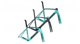 2019 Bianchi Oltre XR4 Road Frameset - Fastracycles