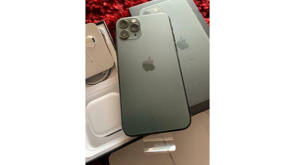 Selling Sealed Apple iPhone 11 Pro iPhone X