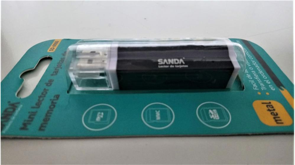 Leitor USB de cartões