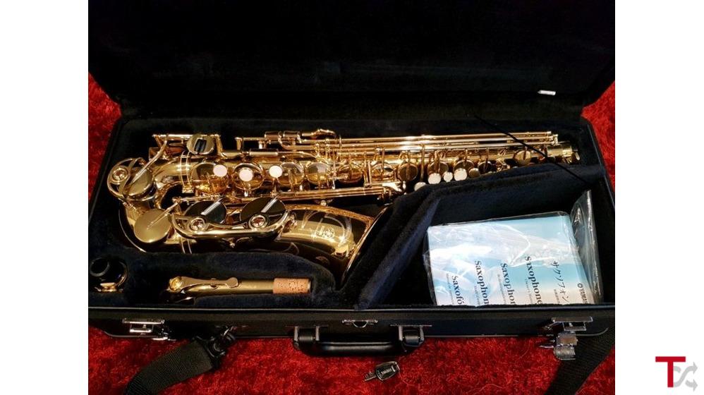 Vendendo Yamaha Genos, Korg PA4X, Pioneer CDJ Mixer, Roland Teclados, Numark DJ Mixer e Saxophone