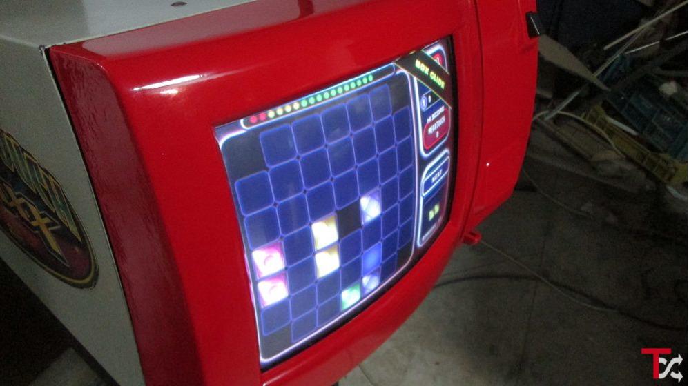 Máquina Megatouche original-tem inumeros jogos-como nova