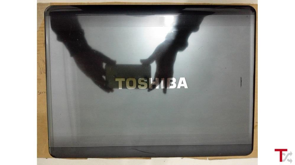 Toshiba Satelite A300-1CO Rápido no processamento