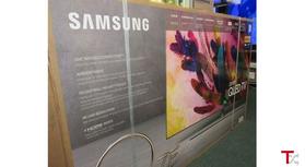 SAMSUNG 4K 2160P Ultra HD Smart QLED HDR TV (2018 Model)