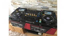 Pioneer CDJ-2000NXS2 Pro-DJ Multi Player Regular..$2000 USD