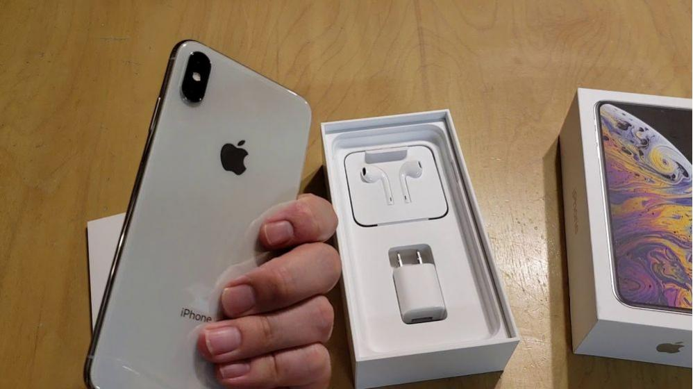 BUY YOUR iPhone XS MAX 4GB RAM AND 64GB, 256GB, 512GB