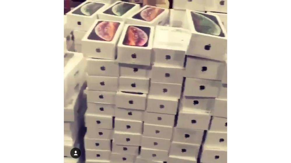 Apple iPhone XS 430EUR Apple iPhone XS Max 550EUR iPhone X 350EUR Samsung S10 500EUR